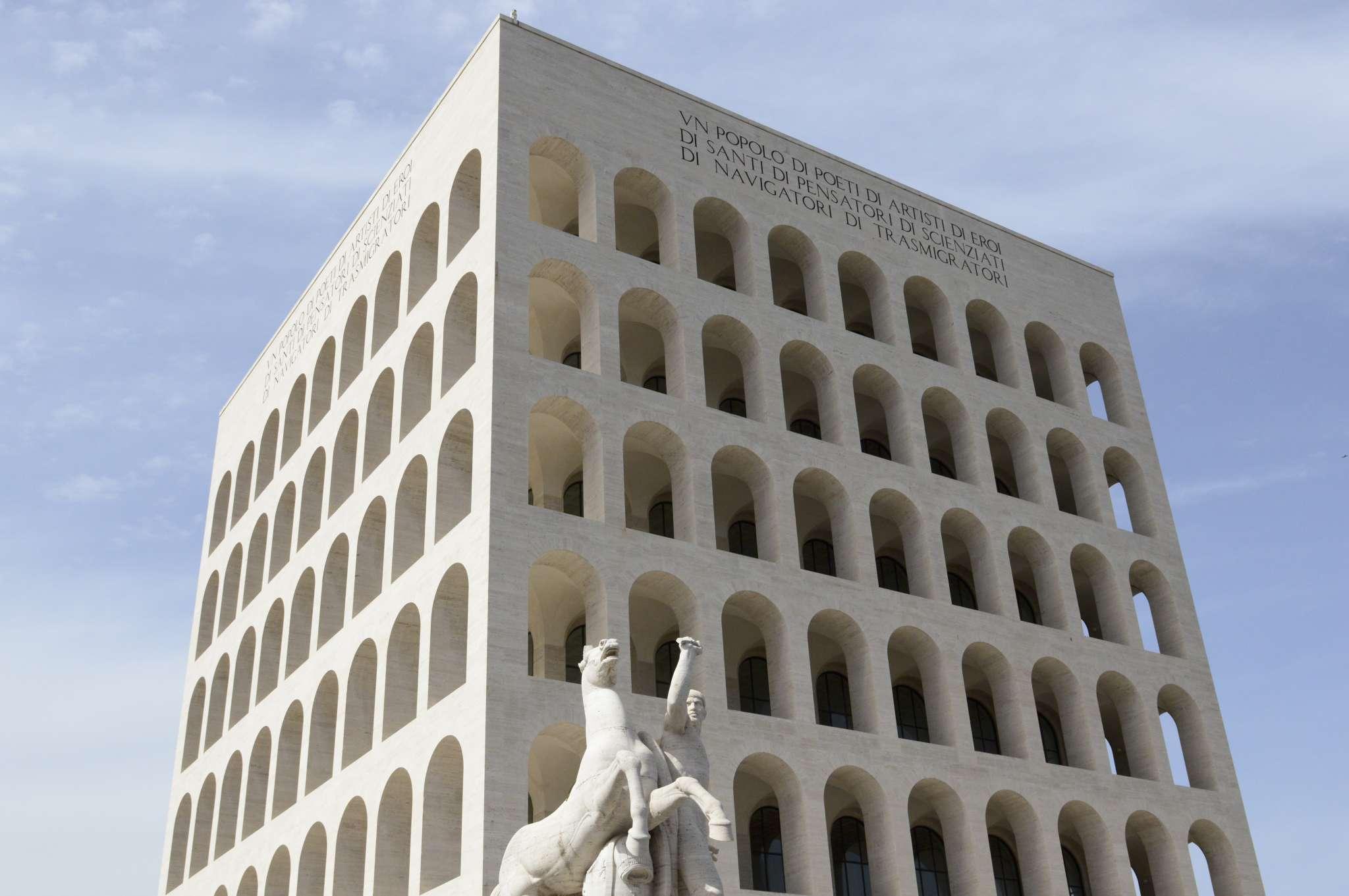 ROMA EUR IMPONENZA DEL PALAZZO DELLA CIVILTA-2048